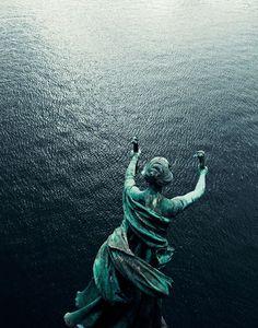 Joao Canziani Photography (28) #statue #water