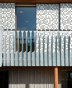 Innovative Use of Wood in Pre-Fab Dwelling by Alfredo Haberli - InteriorZine