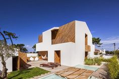 SilverWoodHouse by 3r Ernesto Pereira #interior #design #architecture