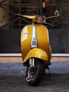 THE BROWN WORKSHOP #vespa #yellow