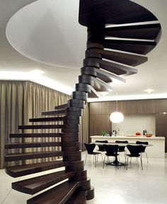 Symmetrical Tripartite Villa Moerkensheide self supporting spiral staircase