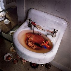Simen Johan #surreal #fish #sink #golden