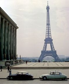 Gallery-Citroen-DS-Citroe-004.jpg (JPEG Image, 411x500 pixels) #eiffel #1950s #cars #ds #tower #citron