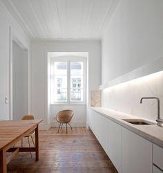Kitchen. Baixa House by José Adrião Arquitecto. #kitchen #joseadriaoarquitecto #minimalist