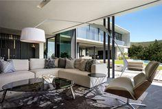 City Villa with Striking City Views - InteriorZine