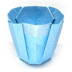 How to make a simple 3D origami cup II (http://www.origami-make.org/howto-origami-cup.php)