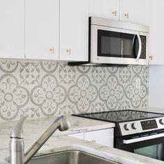 DabneyFrakeKitchen GranadaTileNormandy HR #interior #tiles #design #decor #kitchen #deco #decoration