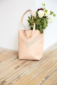 Likes | Tumblr #flower #bag #beige