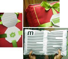 Almofada 2 #green #red #color #design #book #dream #sleep #gift #pillow #megalodesign #brasil #ribbon #sao #megalo #brazil #dreams #paulo