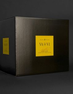 Va de Vi Wine Freixenet, USA Shipper California #packaging #wine #boxed