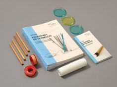 Programa de formació del COMB #print #grid #layout #brochure #typography