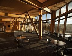 Cafe Knoll Ridge with bar interior #mountain #architecture #volcano #caf