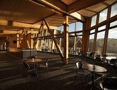 Cafe Knoll Ridge with bar interior