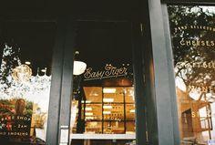 land_easytiger_02 #interior #identity #restaurant #bar