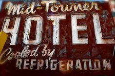 3671408099_d33279b9ab_z.jpg 640×427 pixels #sign #old #neon