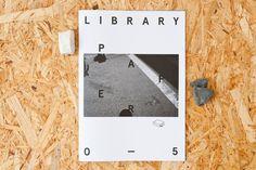 Vajza N'kuti : Photo #print