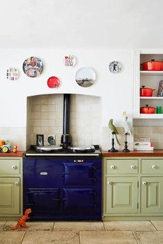 Georgian Terraced House Gets Delicate Restoration with Retro 70s Glamor 3, kitchen