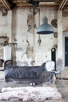 Lyla #interior #concrete #design #living #bedroom