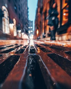 Moody and Cinematic Urban Photography by Steve Zeinner