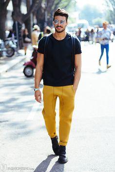 Mario di Vaio Style: Black shirt, yellow pants, black boots #style #fashion