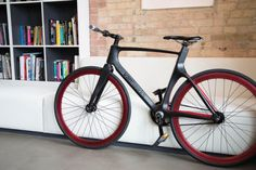 Sleek and ultra light - thats a smart bike with GPS - riding was never this safe.