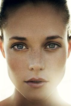 Freckles #photography #light #woman #freckles