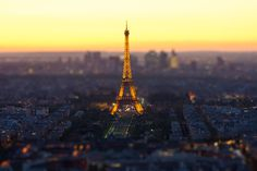 CJWHO ™ (Photograph Toy Eiffel Tower by Mohamed Khalil El...)
