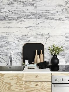 Today at Beckmans... - emmas designblogg #interior #design #wood #photography #kitchen #marble