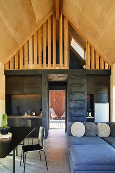 Off-Grid Cabin in Joshua Tree National Park: Folly by Cohesion 6