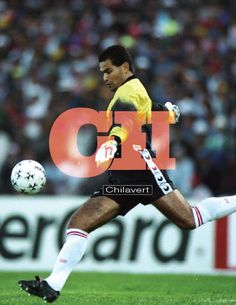 Typography & Fútbol #CH // Chilavert on Behance