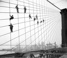 Never-before-seen photos from 100 years ago tell vivid story of gritty New York City | Mail Online #new york #blackwhite #bridge