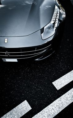 Industrial design(belly mode, by Max.photographies via automotivated) #cars #ferrari #design
