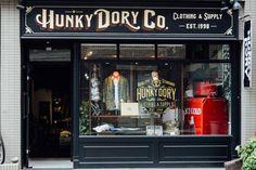 Hunky dorky #Type #gold #vintage