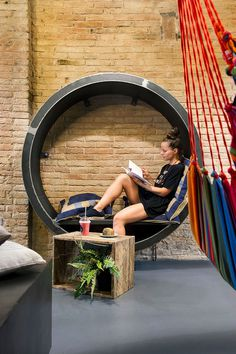 Hammock, Vegan Hang Out Project in Barcelona / Eque y Seta