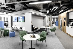 IT Mocny Office Space by ZONA Group - InteriorZine