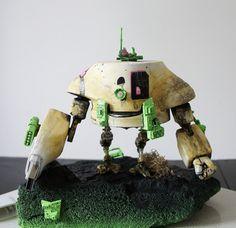 KLARMOBIL VS. SCHLOBOT | DANHILLS* #model #robot #danhills #toy #lutzlindemann