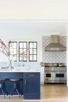 kitchen, San Francisco / Regan Baker Design