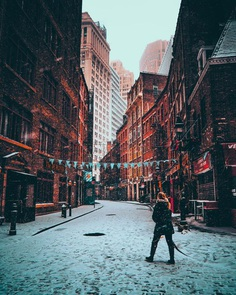 Stunning Moody Street Photos of New York City by Mazz Elias