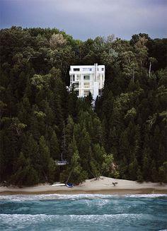 Scott Frances: The Douglas House