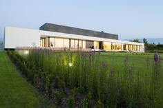 Nemo House / Przemek Olczyk / Mobius Architekci