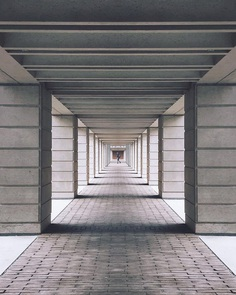Minimalist Architectural and Urban iPhoneography by Andy Hendrata