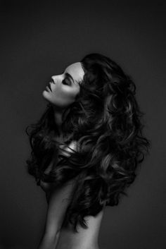 TOKATOKA #model #white #big #volume #black #hair #photography #and #waves