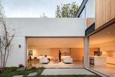 Santa Monica Family Home Connected to Gardens and Areas for Contemplation