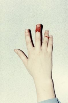 FFFFOUND!   la petite mort #blood #hand #fingers