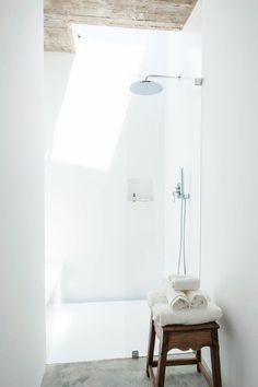 Bathroom @ Pensão Agricola by atelier RUA. #minimalism #bathroom #pensaoagricola #atelierrua