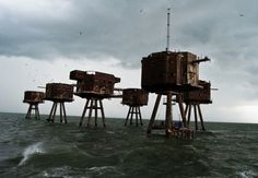 Twibfy #old #ww2 #photo #forts #rust #sea #england