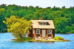 Lake Cottage, Thousand Islands, Canada #island #cottage #house