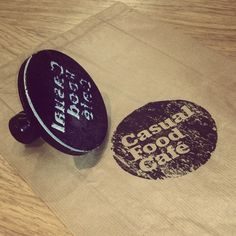Stamp with the new identity for Casual Food Café - Faro. by: Topping Creative studio