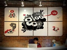 Google Reader (1000+) #illustration #wall #gloo #decoration