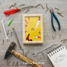 Frame, tools and screws Free Psd. See more inspiration related to Frame, Mockup, Paper, Photo frame, Doodle, Photo, Mock up, Tools, Notes, Nails, Hammer, Notepad, Wrench, Up, Male, Note paper, Screwdriver, Objects, Things, Composition, Mock, Screws, Pliers and Masculine on Freepik.